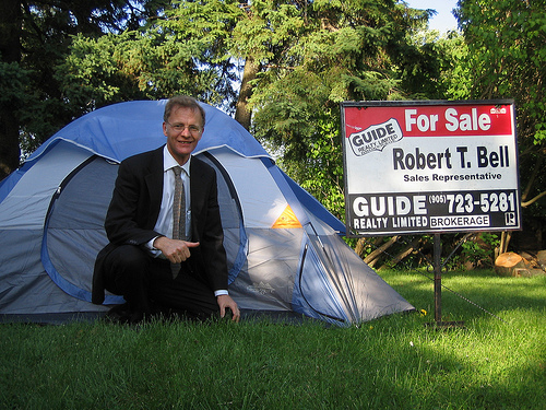 robert-t-bell-guide-realty-limited-real-estate-tent