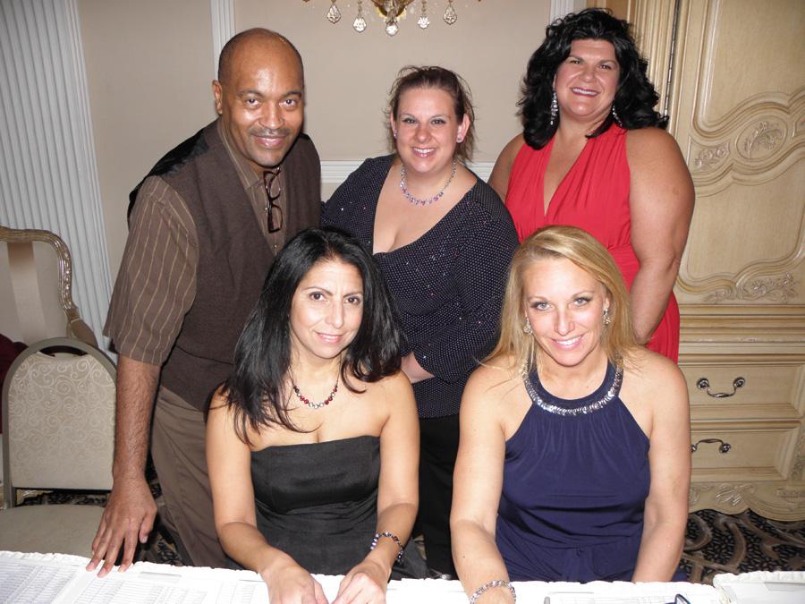 Dale-Taylor-Melissa-Somone-Graham-Lisa-Koonce-Angie-Lotz-Terri-Swiderski.jpg