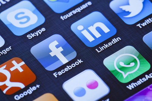 social-media-pew-research-2015-facebook-messaging-twitter-pinterest