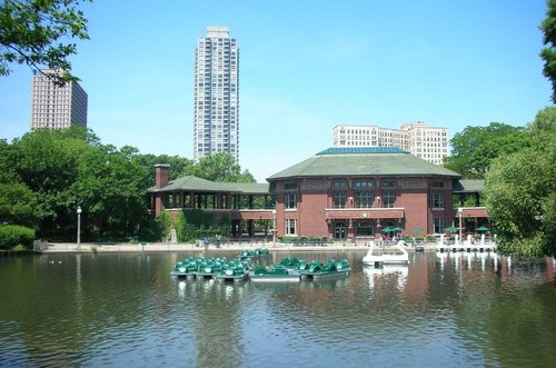 fastest-selling-markets-chicagoland-2015-lincoln-park-pond