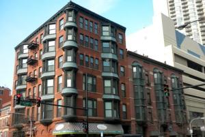 luxury-housing-markets-chicagoland-2015-winnetka-near-north