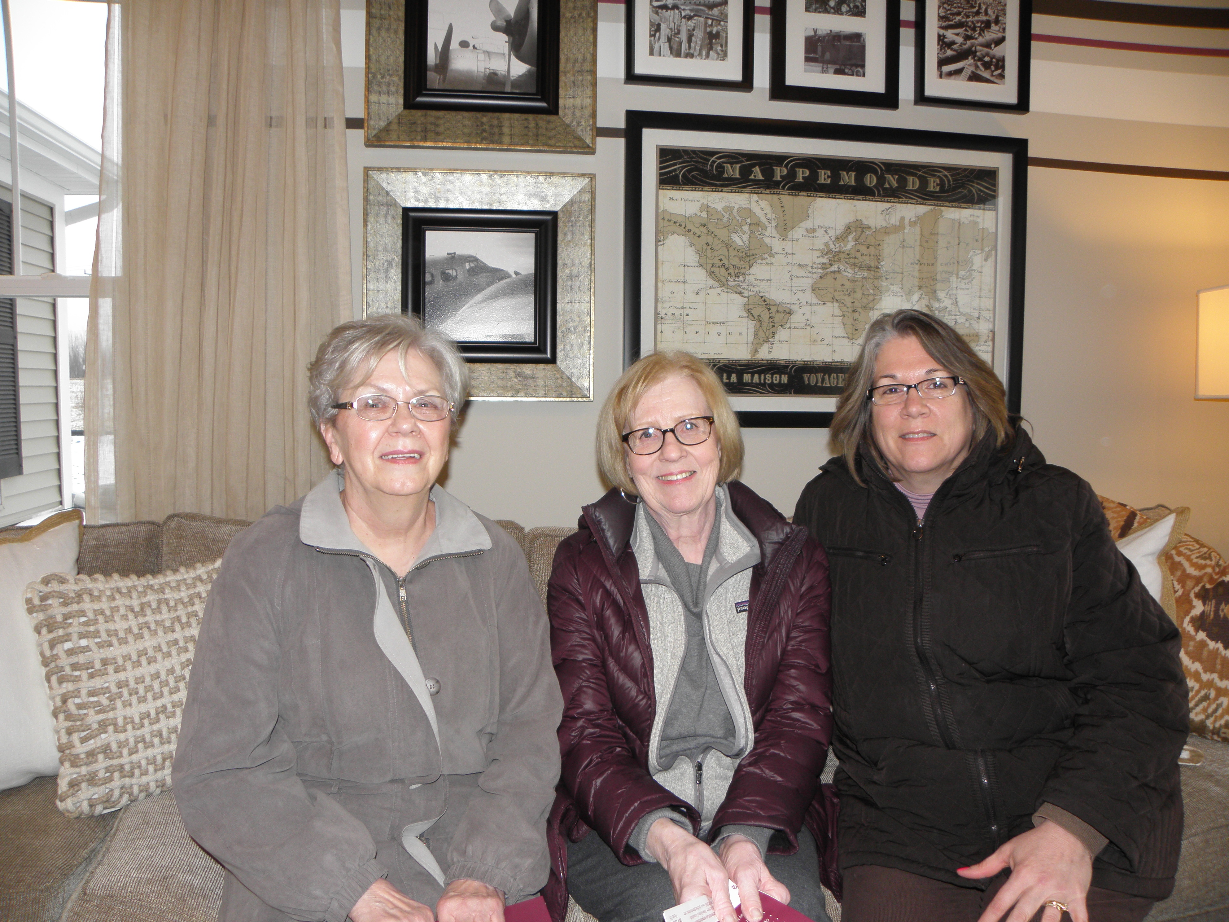 Pat-Kratochvil-Lois-Simmons-Debbie-Fill.jpg