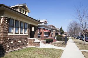 /wp-content/uploads/2016/06/rsz_chicago_bungalows.jpg