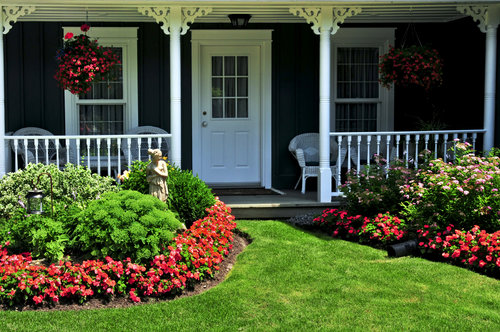 spring-homebuying-market-home-flowers-front-porch-chicago-housing-inventory