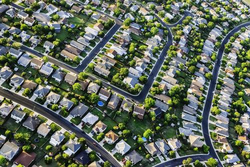 suburban-community-housing-market-2016