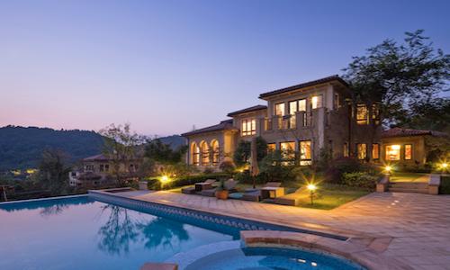 best-summer-residential-real-estate-decade-realtor.com-jonathan-smoke-economist-home-price-sales
