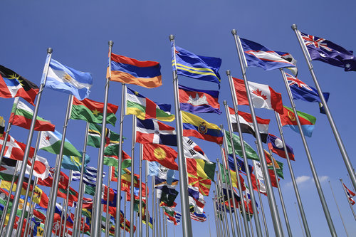 flags-foreign-buyers-international-real-estate-nar-2016
