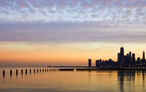 chicago-skyline-lake-michigan-sunset