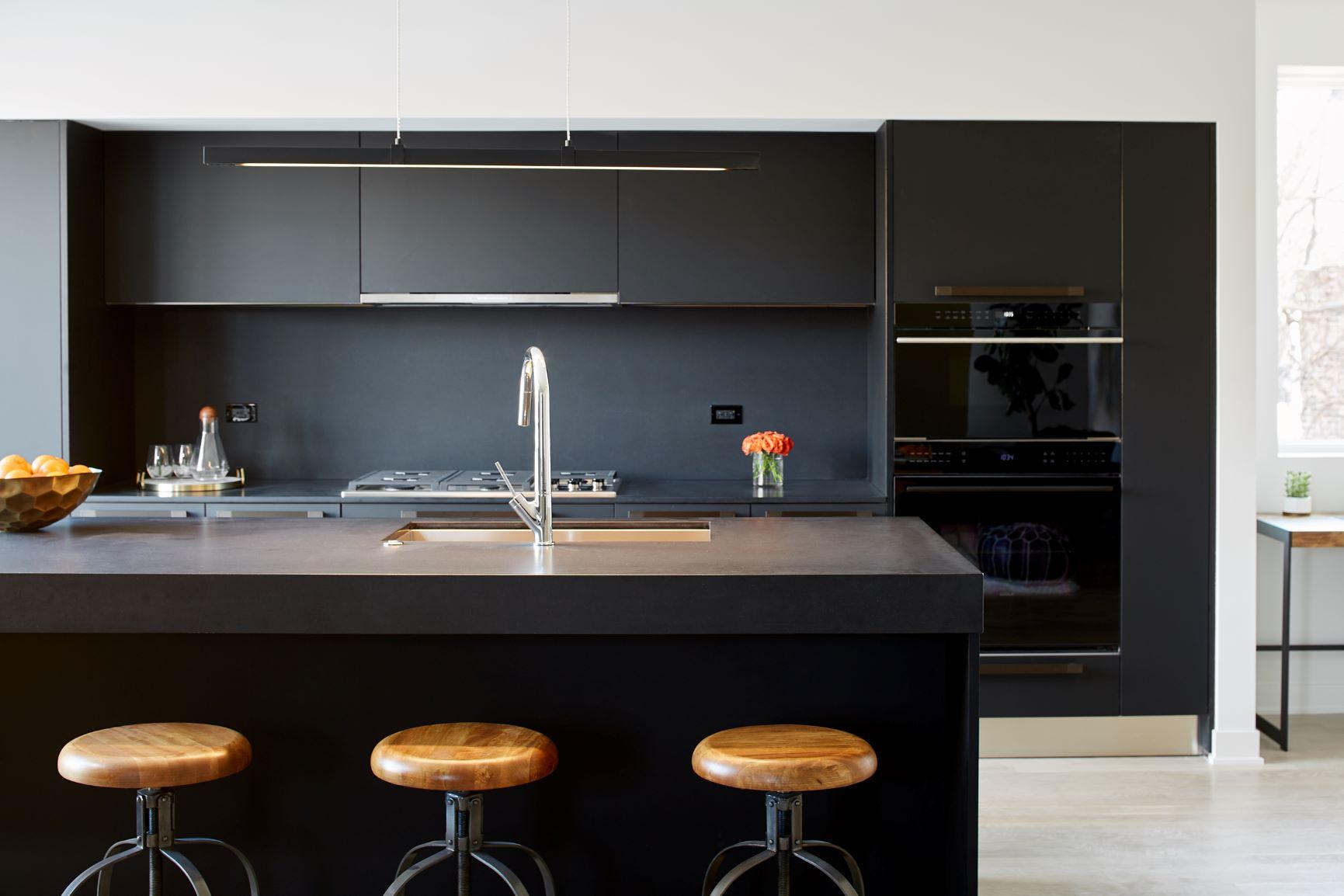 530Dickens_Kitchen_B_3-NEW.jpg