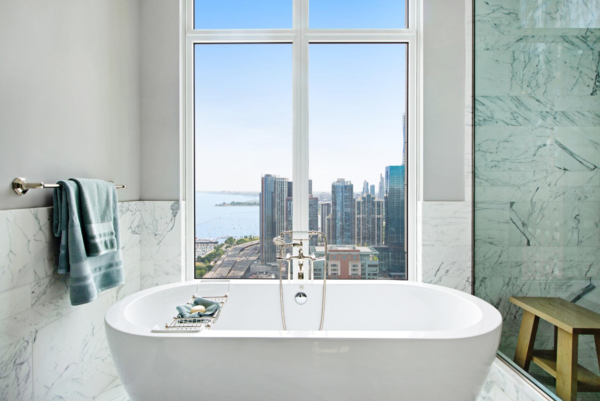 5-Master-Bathroom-Tub-scaled.jpg