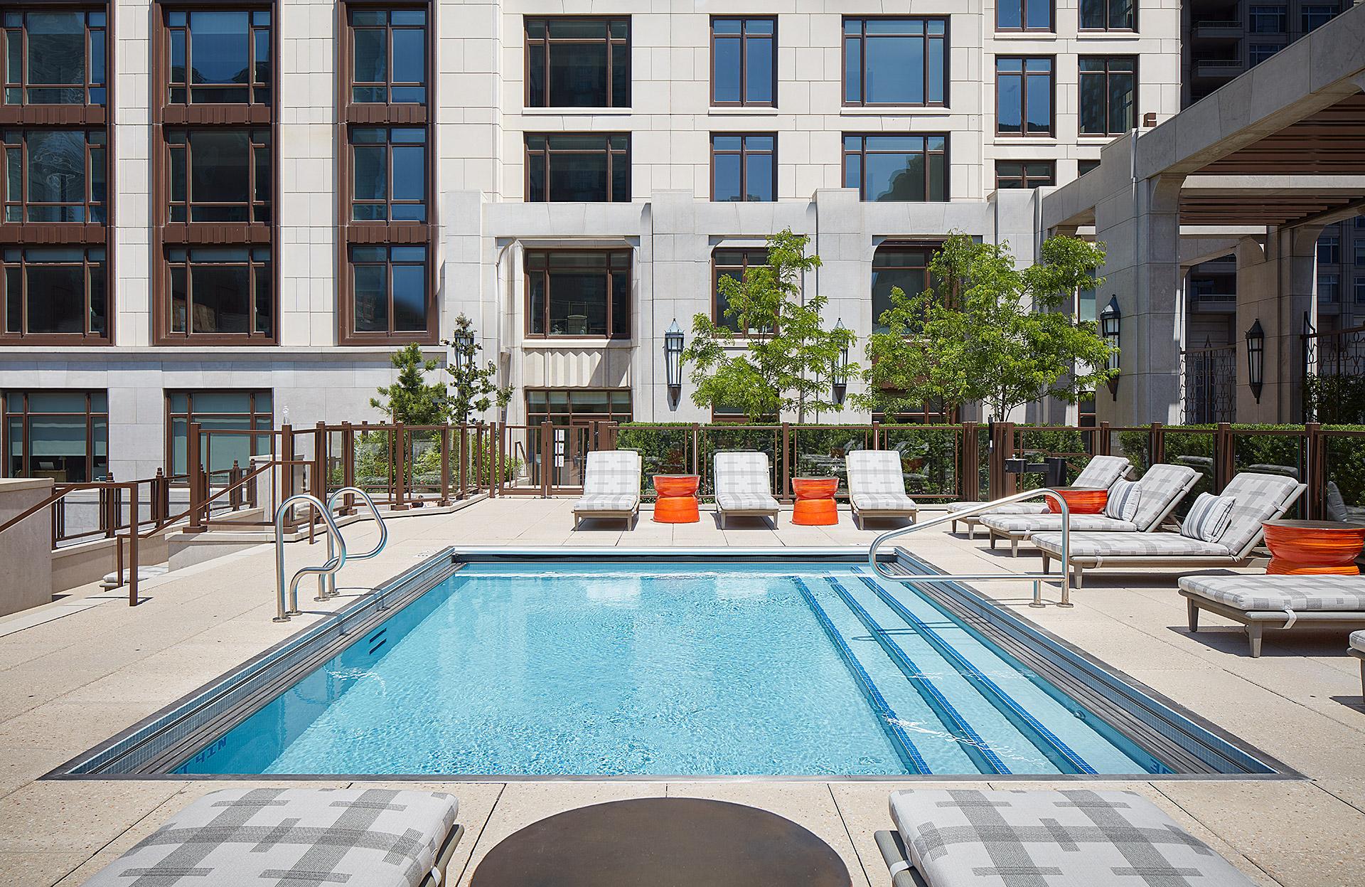 9-Outdoor-Pool.jpg