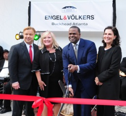 Atlanta Mayor Kasim Reed presides over the ribbon cutting for Engel & Volkers' new office.