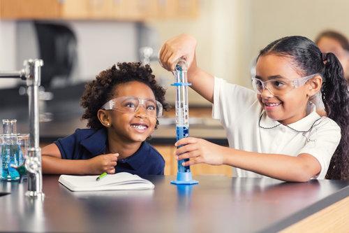 students-grade-school-lab-science